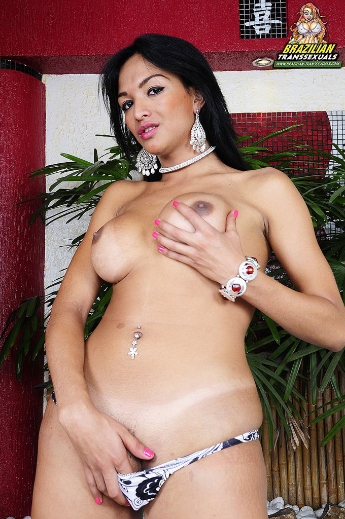 Latina shemale video gallery — photo 8