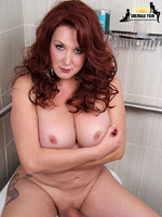Victoria Mason BBW beauty returns to Shemale Yum as a vivacious redhead! The color of her hair may have changed but the sexy curves of her body remained the same!