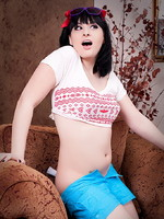 Seductive Bailey Jay posing as a naughty hipster
