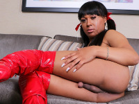 Skylar White is a pretty black tgirl with a hot body, a nice round booty, natural boobs and a delicious cock! Watch this sexy transgirl showing her stuff!