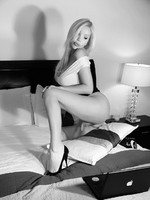 Black and white tranny on her webcam
