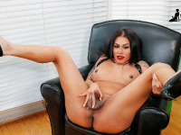 Diamond Dixxon is a smoking hot Latina tgirl with an amazing body, big breasts, a juicy ass and a rock hard cock! Enjoy this sexy Grooby girl jacking off and cumming!