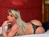 Sexy Bruna Gaucha is back in new solo