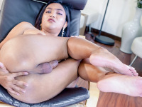 After more than 5 years without seeing her here in Ladyboy-Ladyboy HQ, Bam is back! She's back to prove that she is still one of the hottest babe and is still the definition of hot and yummy....Watch this 26 years old stunner get herself worked up and then just work that delicious piece of meat between her legs!