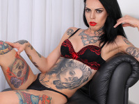 Gaby Ink - Inked and Lovely : Sexy and tattooed. Gaby Ink makes her debut today with this TAP solo scene. This girl's body is simply a work of art. Take one glance at it and you won't soon forget it. Enough of the chit chat, let's get right to it!
